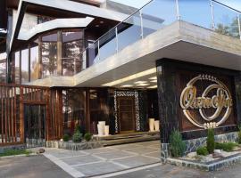 ОХТА-SPA RESORT, отель в городе Энколово