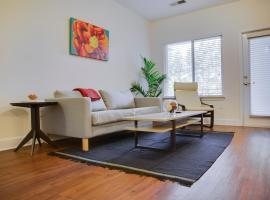 Plaza Midwood 1 and 2 BR Apts by Frontdesk, apartment in Charlotte