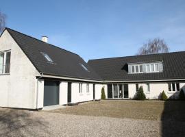 Stenbrogård, country house in Harlev