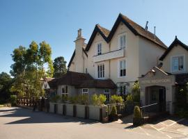 Worplesdon Place Hotel, hotel near Lakeside Country Club, Guildford