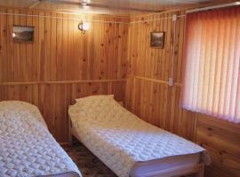 Гостевые Дома у Александра, self catering accommodation in Chibit
