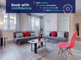 Quartier Dix30 Spacious 1-Bedroom Condo, hotel em Brossard