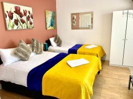London Luxury Ensuite Apartment, hotel near Gants Hill Tube Station, Ilford