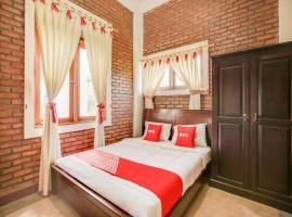 OYO 3896 Villa Pesona Wisata Puncak, hotel in Cipanas, Cianjur