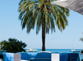 Hotel Victoria, hotel near La Palmosa Hospital, Roquebrune-Cap-Martin