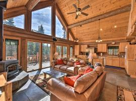 Rustic and Roomy Fairplay Cabin with Hot Tub!, hotel with parking in Fairplay