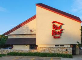 Red Roof Inn Erie – I-90, hotel in Erie