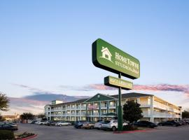 HomeTowne Studios by Red Roof Dallas - Irving, hotel in Irving