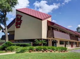 Red Roof Inn Pensacola - I-10 at Davis Highway, hotel in Pensacola
