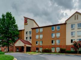 Red Roof Inn PLUS+ Raleigh NCSU - Convention Center, hotel in Raleigh