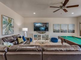 56 Canyon View Retreat at Paradise Village with Hot Tub, vacation home in Santa Clara