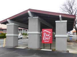 Red Roof Inn Redding, hotel in Redding