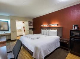 Red Roof Inn PLUS+ Mt Pleasant - Patriots Point, hotel in Charleston