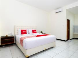 OYO 3776 Sondara Guest House, отель в Нуса-Дуа
