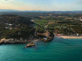 Mediterrani Natura Resort, camping in Tarragona