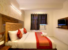 "Airport Hotel ""AARK AVALON"" Mahipalpur – hotel w Nowym Delhi"