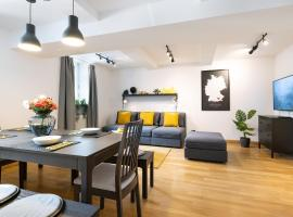MARIENPLATZ Apartment 2 bedrooms living room kitchen, apartment in Munich