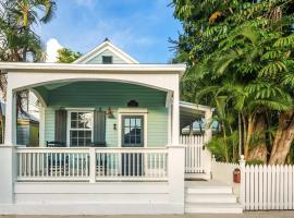Sweet Pea Cottage, holiday home in Key West