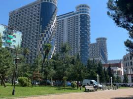 Sea Towers sea view: Batum'da bir otel