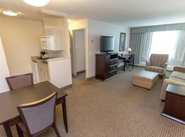 Campus Tower Suite Hotel, hotel em Edmonton