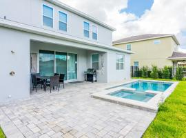 Amazing 5 Bedrooms House with Private Pool at Encore Resort (7711), hotel in Orlando