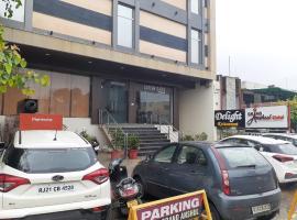 Grand Anshul Hotel, hotel near Jaipur International Airport - JAI, Jaipur