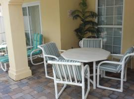 Nice Pool Home in Kissimmee, Florida, USA, vacation rental in Kissimmee