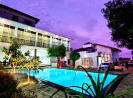 Salubrious Resort, hotel v destinaci Anuradhápura