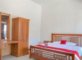 RedDoorz near Darajat Garut, hotel in Garut