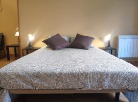 Rooms Madrid - Madrid Rio H1, habitación en casa particular en Madrid