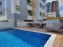 Ape com Varanda 2 Quartos Jatiuca Edf. Nugali, pet-friendly hotel in Maceió