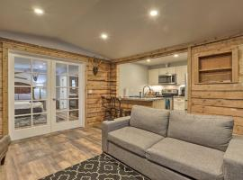 Rustic Anchorage Hideaway Minutes from Trails, vacation rental in Anchorage