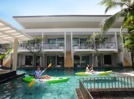 A2 Pool Resort, hotel in Phuket