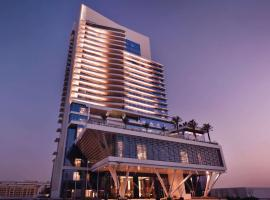 Grand Plaza Mövenpick, hotel near Jumeirah Lakes Towers Tram Station 1, Dubai