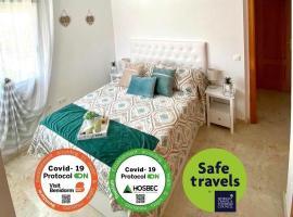 Luxury Apartament Levante Beach, hotel con jacuzzi en Benidorm