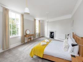 Spacious Maisonette - 10 minutes walk from Bath Abbey - 2 Bed & 2 Bath, apartment in Bath