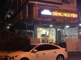 Dang Nguyen Guesthouse, homestay in Da Lat