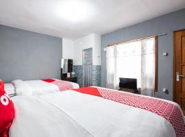 OYO 1765 Herman Homestay, hotel in Pasuruan