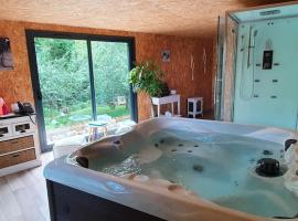 La Fresnaie : Chambres ,Table d'hôtes & SPA, bed and breakfast en Villembray