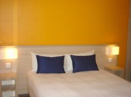 Budget Hotel - Melun Sud Dammarie Les Lys, hotel in Dammarie-lès-Lys