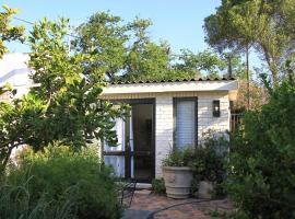 Courtyard Studios (with air conditioning), apartment in Stellenbosch