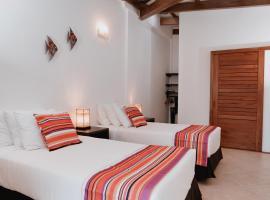 Hotel Galapagos Suites B&B, Hotel in Puerto Ayora