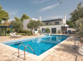 Summer Villa Pasiphae Private Pool - BBQ -Beach 2min, pet-friendly hotel in Sounio