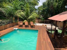 Coconut Apartments, hotel in Paramaribo