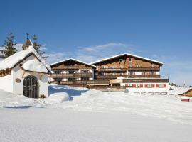 Hotel Sonnenburg, Hotel in Lech am Arlberg