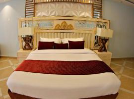Salama Bling Beach Resort, hotel en Mombasa