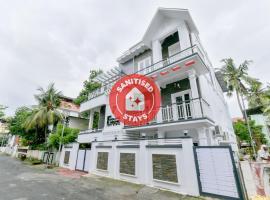 OYO 15973 F Square, hotel in Cochin