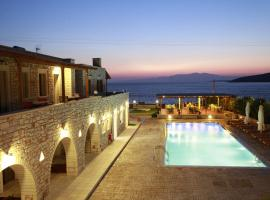 Avgerinos Village, hotel near Agiassos Beach, Agiassos