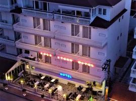 Gold Stern, отель в городе Паралия-Катерини