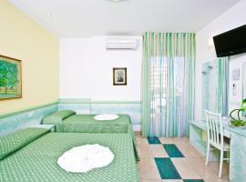 Hotel Amalfi, hotel near Bellaria Igea Marina Station, Bellaria-Igea Marina